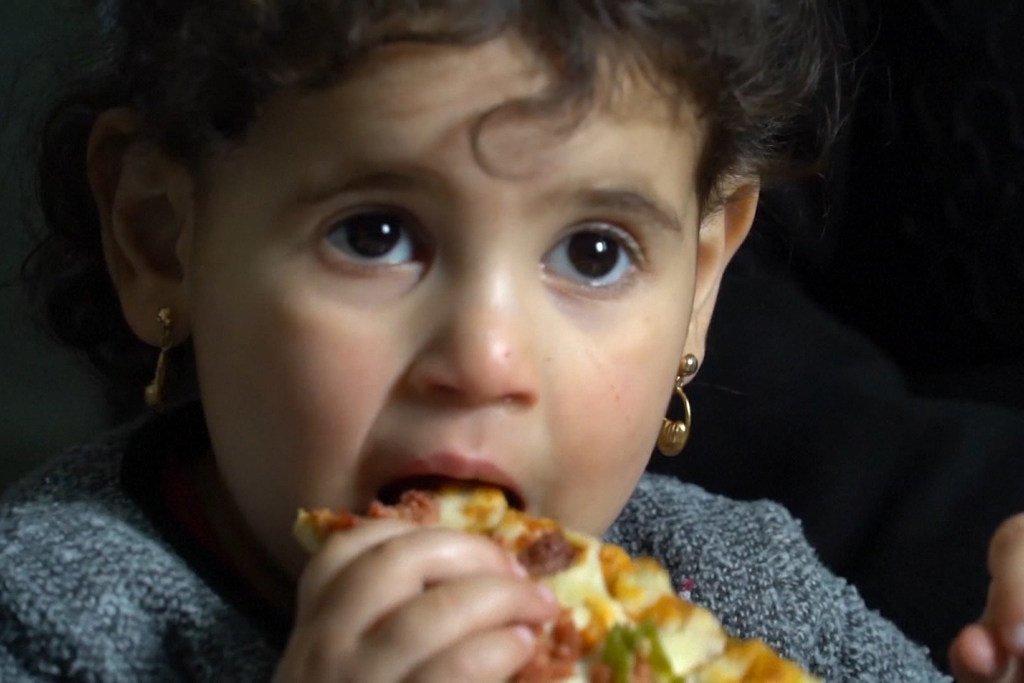 المساعدات النقدية من برنامج الأغذية العالمي والاتحاد الأوروبي تساعد على حماية اللاجئين السوريين في تركيا من الوقوع في براثن الفقر