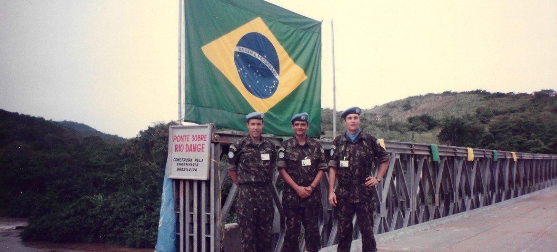 Entre 1996 e 1997, o general Affonso da Costa foi servir à ONU na Missão de Verificação em Angola, Unavem-3