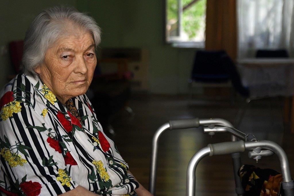 Le PNUD fournit des services de soins et améliore les conditions de vie des personnes âgées géorgiennes dans le besoin.