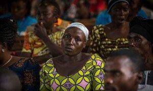 इबोला प्रभावित इलाक़ों में असुरक्षा का माहौल है और स्वास्थ्य केंद्रों पर हमले भी किए गए हैं.