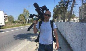Hassan Akad es un reconocido cineasta sirio y estuvo empleado como trabajador de limpieza durante la pandemia de COVID en Londres.