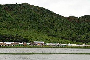 म्याँमार के उत्तरी प्रान्त राख़ीन में एक बस्ती का दृश्य