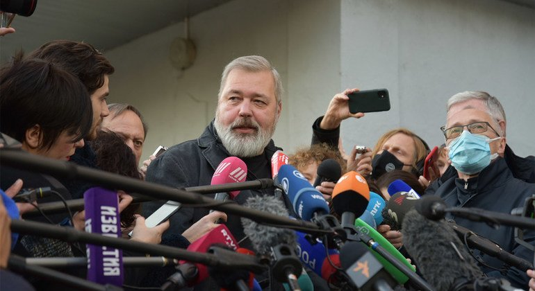 Nobel laureate DmitryMuratovwon'tkeep 'a single cent' of his prize money
