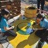 La actuación en Paraguay ha servido para crear un modelo de escuela sostenible que muestra que las intervenciones en planificación urbana e ingeniería que responden a las necesidades de los niños pueden reducir el número de muertes y lesiones.