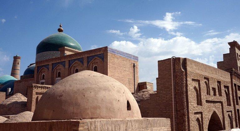 Древний город Хива в Узбекистане внесен в Список всемирного культурного наследия ЮНЕСКО.