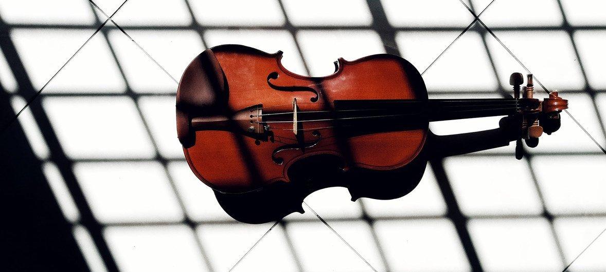 Un violon.