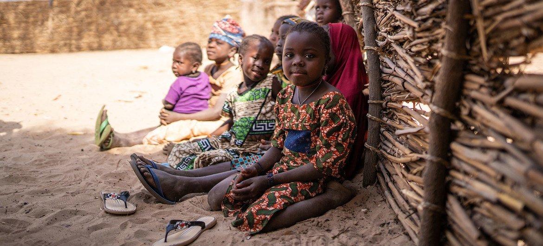 الأزمة الإنسانية في النيجر تؤثر على حوالي 2.1 مليون طفل.
