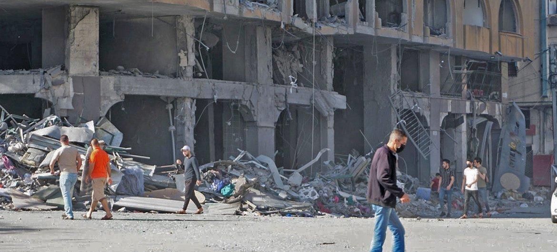 फ़लस्तीनी क्षेत्र ग़ाज़ा पट्टी में, हिंसा में बढ़ोत्तरी के परिणामस्वरूप हताहतों और विस्थापितों की संख्या बढ़ी है. (12 मई 2021(