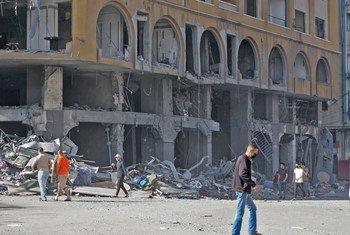 أدى تصاعد الأعمال القتالية في قطاع غزة إلى سقوط المزيد من الضحايا ونزوح واسع النطاق، 12 مايو 2021.