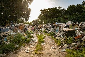 Lixo eletrônico tem impacto em quem tenta recuperar materiais valiosos como cobre e ouro