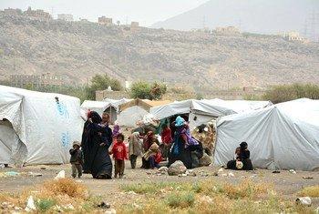 أحد مخيمات المشردين داخليا في اليمن.