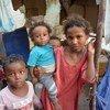 أطفال في أحد مخيمات المشردين داخليا بالحديدة.