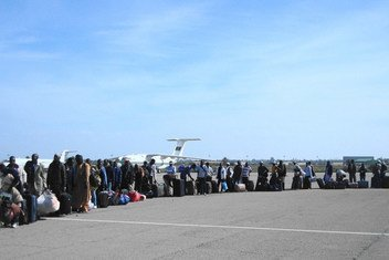 Niger Migrants waiting the charter to board their luggages, in Tripoli, Libya (file photo)