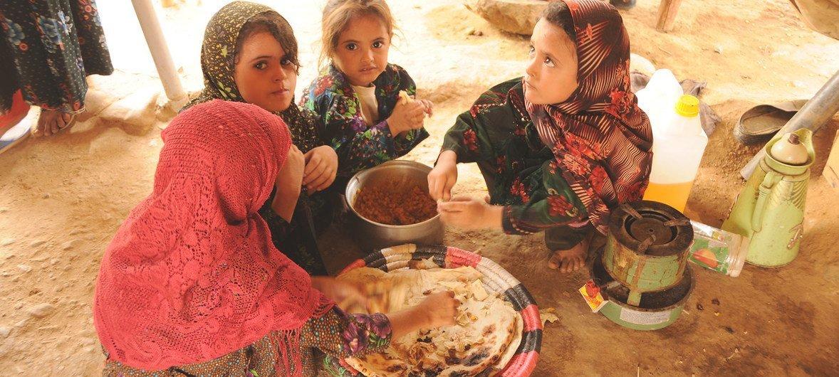 Уже до пандемии COVID-19 356 миллионов детей в мире жили в условиях крайней бедности.