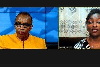 Esther Maundu (kulia) akihojiwa na Idhaa ya Umoja wa Mataifa kuhusu jinsi afya yake ya akili ilitetereka baada ya kumuuguza mjomba wake na hata kufikiria kuchukua uhai wake. Lakini alinusurika.