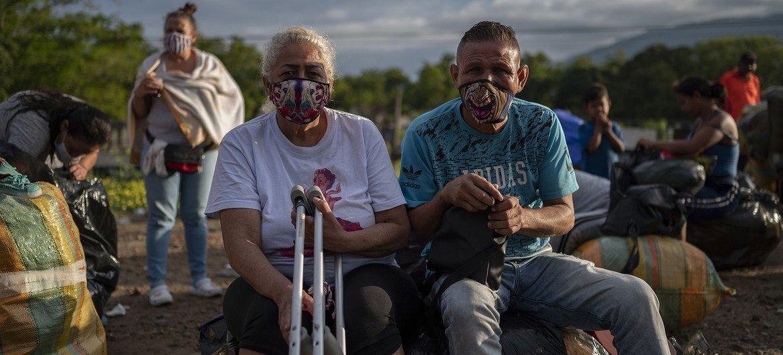 Más de 1,75 millones de venezolanos vivían en Colombia en 2020.