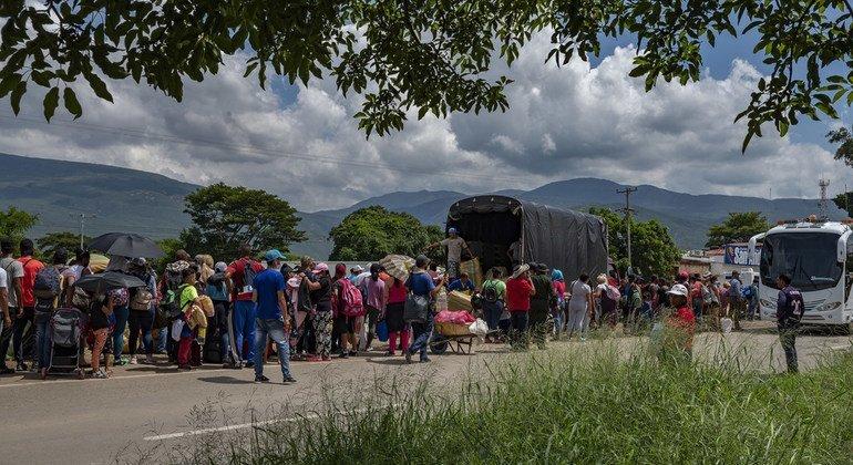 En junio, más de mil venezolanos llegaron de manera simultánea a Cúcuta.