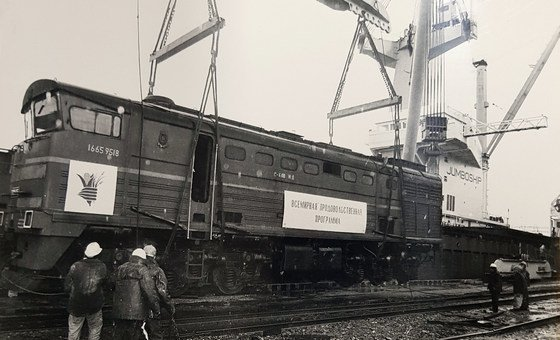 Tun Myat negotiated the purchase of 20 locomotives from the the Russian Ministry of Railways in 1994-95 to distribute food in three former Soviet Republics.