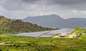 Un sistema de miniredes solares en Eritrea abastece de energía a dos ciudades rurales y a las aldeas de los alrededores