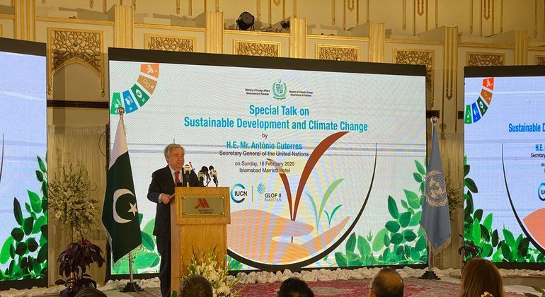 In Pakistan, Guterres urges world to step up climate motion, praises support to Afghan refugees