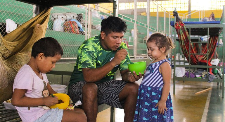 IOM in Brazil is supporting Venezuelans and Brazilians in shelters affected by the COVID-19 crisis.