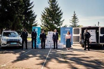ООН и ЕС передали полицейским Украины средства индивидуальной защиты от COVID-19