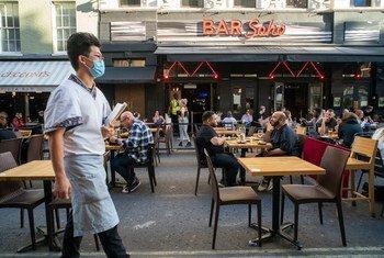 Un restaurante en Londres en medio de la pandemia de COVID-19-