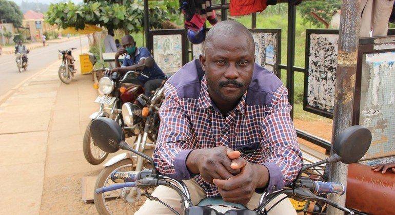 Perez Barongo ni miongoni mwa waendesha bodaboda ambao wameathiriwa na vizuizi vipya nchini UGanda kutokana na wimbi jipla ya maambuzi ya COVID-19.