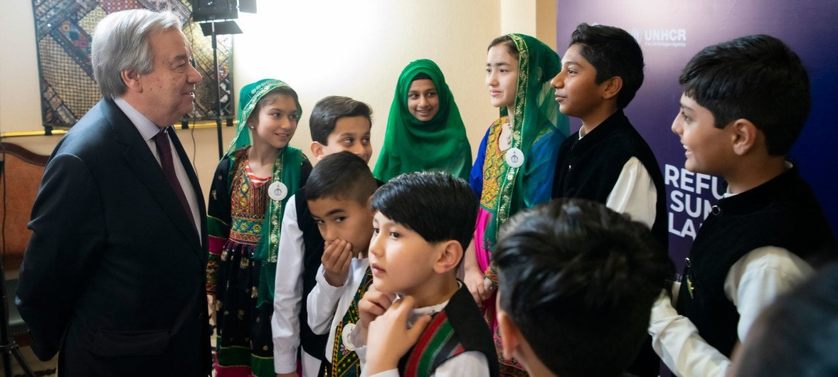 Secretary-General António Guterres speaks to young people in Islamabad during a social media moment on the margins of the International Conference on 40 Years of Hosting Afghan Refugees in Pakistan.