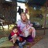 विश्व खाद्य कार्यक्रम सीरियाई परिवारों को खाद्य सहायता मुहैया करा रहा है.