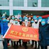 王志红护士长(左二)参加方舱医院关仓典礼。