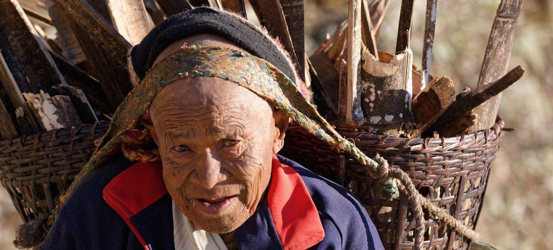 Mortes relacionadas ao trabalho são particularmente altas em homens mais velhos, especialmente na região do Sudeste Asiático, que inclui o Nepal, na foto