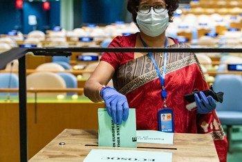 As eleições decorreram com várias medidas de segurança devido à pandemia de Covid-19