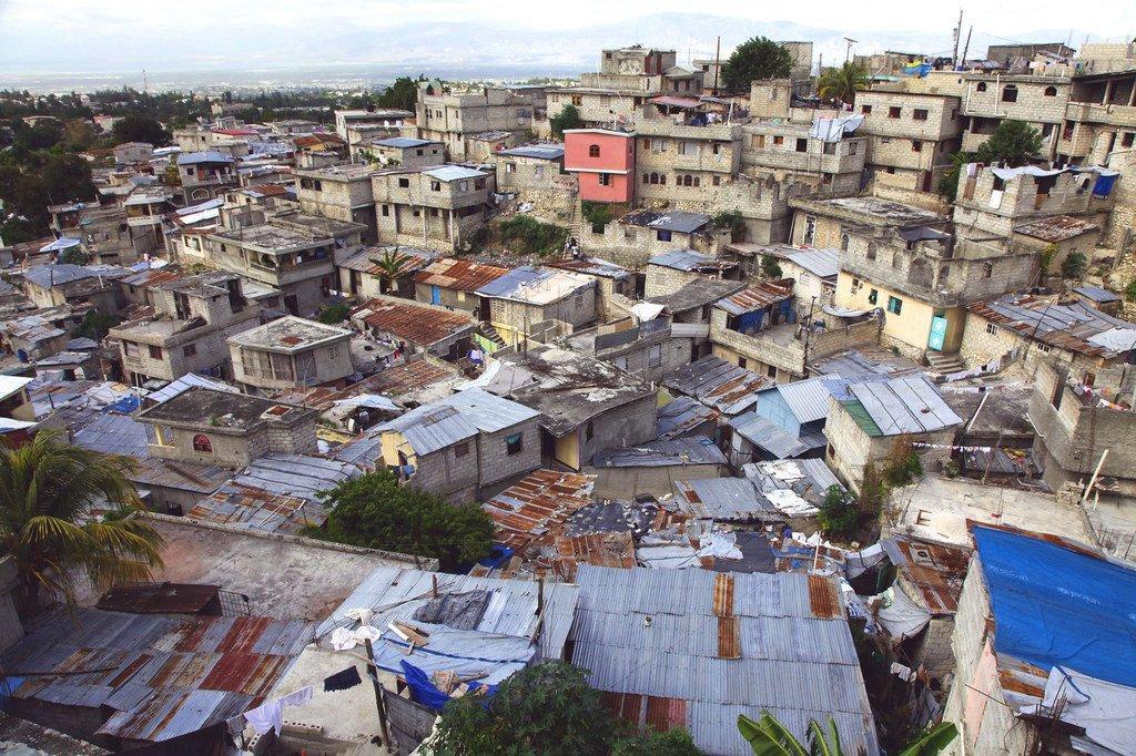 Un quartier informel à Port-au-Prince, en Haïti.