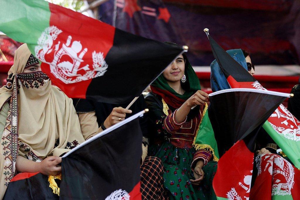 Des femmes manifestent leur soutien lors d'un rassemblement politique en Afghanistan en 2019.