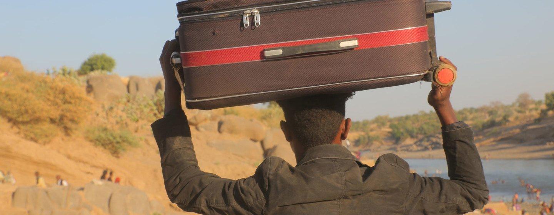 A insegurança na região de Tigray, na Etiópia, está levando as pessoas a Hamdayet, no Sudão.