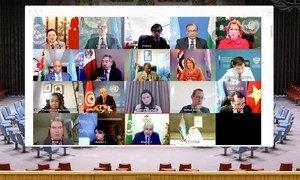 أعضاء مجلس الأمن يعقدون جلسة عبر تقنية الفيديو حول التعاون بين الأمم المتحدة وجامعة الدول العربية.