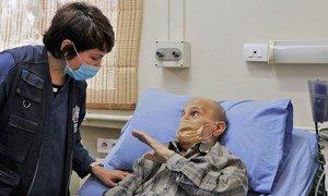 Д-р Магтымова посещает одну из сирийских больниц.