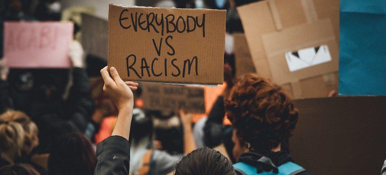 (من الأرشيف) متظاهرون في المملكة المتحدة