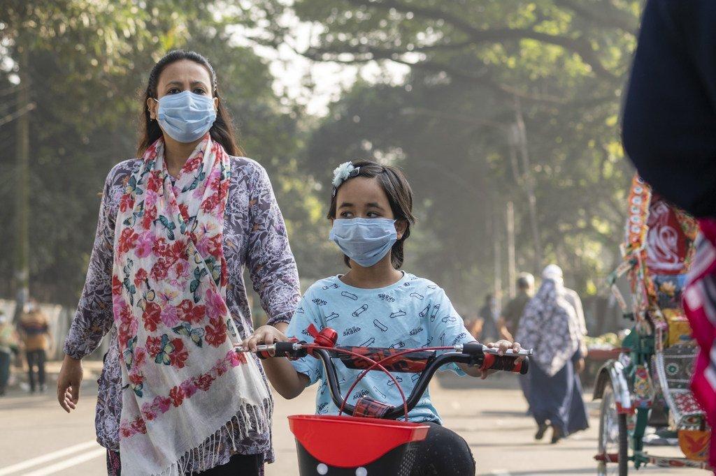 Vacunas COVID-19: La guerra es contra el virus, no entre nosotros, alerta la OMS | Noticias ONU