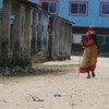 नेपाल के एक गाँव में 69 वर्षीय महिला.