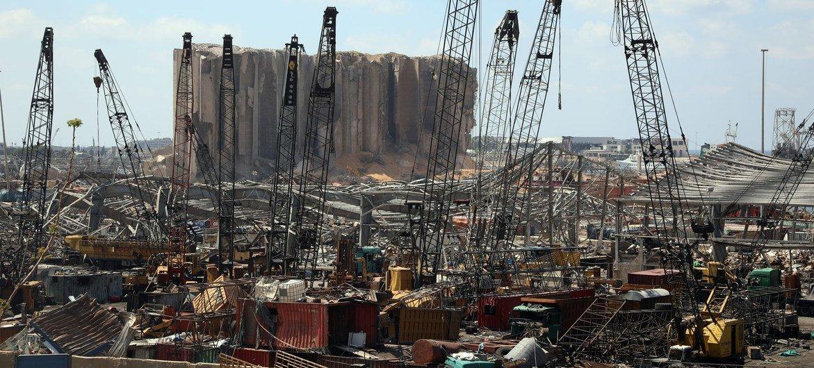 贝鲁特港口因2020年8月的爆炸而被摧毁。