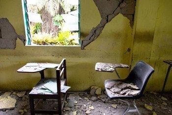 Une salle de classe d'une école des Cayes a été gravement endommagée par le séisme de magnitude 7,2 qui a frappé Haïti le 14 août 2021.