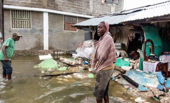 Землетрясение унесло жизни более двух тысяч гаитян. 12 тысяч получили ранения. Разрушены дома и объекты инфраструктуры.