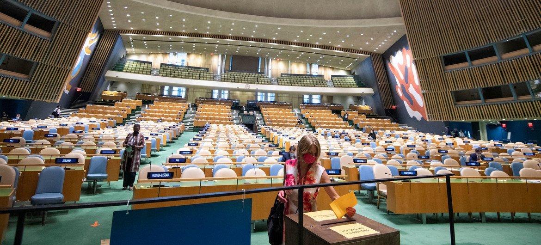 Hall da Assembleia Geral acolhe corrida entre seis candidatos a membros não-permanentes do Conselho