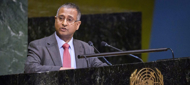 Выступая с трибуны Генеральной Ассамблеи, Ахмед Шахид призва правительства принять меры, чтобы остановить вражду и ненависть.
