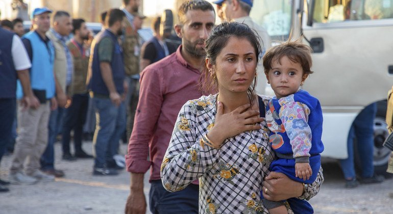 Amid ongoing fighting in northeast Syria, hundreds cross Iraqi border in search of safety