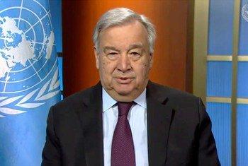 O chefe da ONU lembrou que em apenas poucos meses, a covid-19 se espalhou para a todas as partes do mundo infectando mais de 3,3 milhões de pessoas e matando mais de 230 mil.