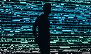 """针对多家媒体近期报道的""""飞马""""间谍软件事件,联合国再次呼吁加强监管避免监视技术遭到滥用。"""