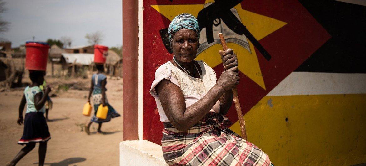 Nova onda de deslocamento interno por causa da violência causou uma crise humanitária em Moçambique.